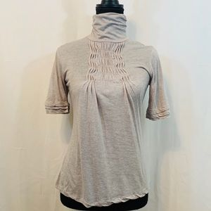 Deletta Short Sleeve Grey Turtleneck Top